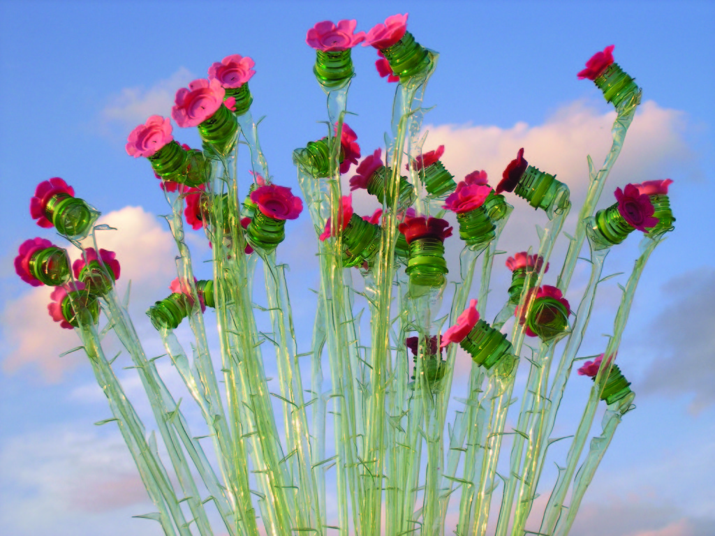 V. Richterová: Růžičky, 2007, výška cca 110 cm