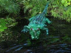 Veronika Richterová, PET-ART, pet lahev, umění z odpadu, recyklace, up-cycling, botanická