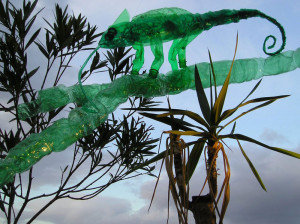 Veronika Richterová, PET-ART, pet lahev, umění z odpadu, recyklace, up-cycling, chameleon